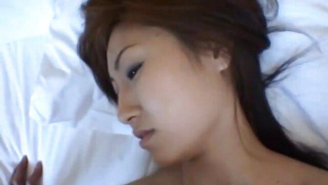 AllInternal dunkelhaarige babe Nia bekommt Ihren kostenlose sexfilme mit älteren frauen Eiter