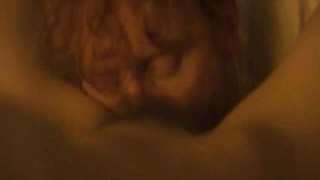 Zwei Shemales In deutsche sex videos mit reifen frauen Einer Sexy Spielzeit